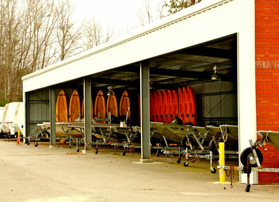 boat-storage-commercial-building